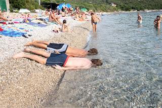 Dario Cmrk planking at Cres