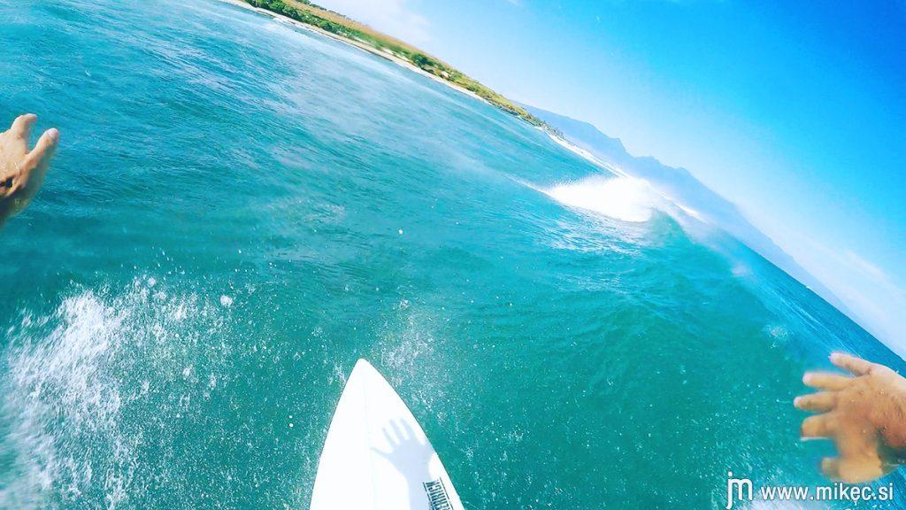 hookipa_beach_surfing_gopro