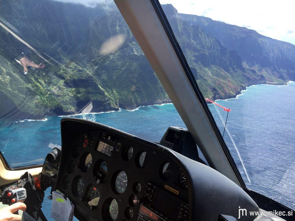 kauai_helicopter_tour_safari_helicopters_napali_coast