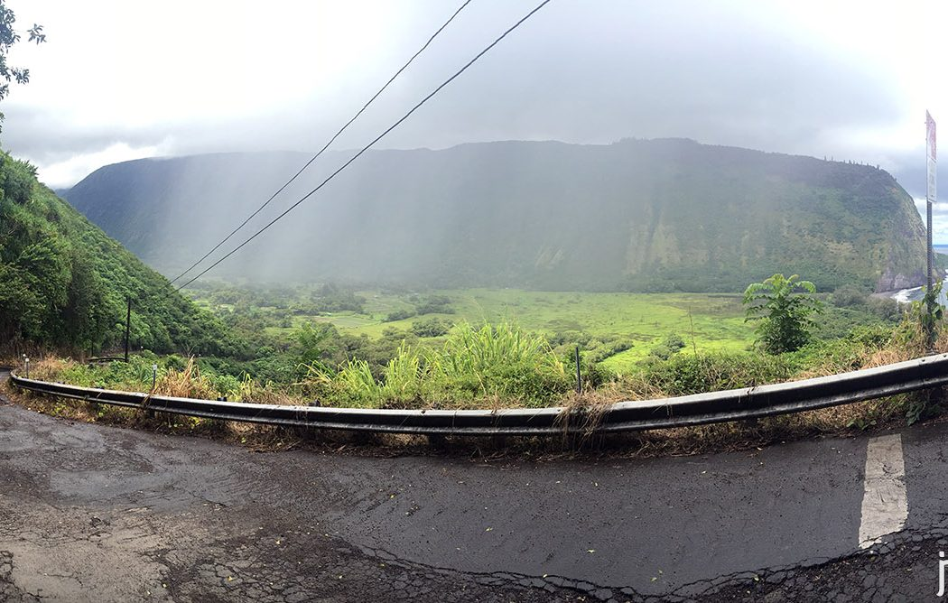 waipio_valley_road_2