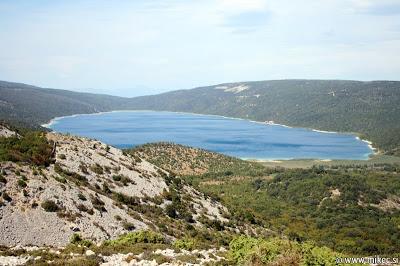 Vransko jezero, jezero s pitno vodo sredi otoka Cres